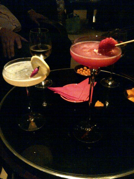 Cocktails at the Mandarin Bar